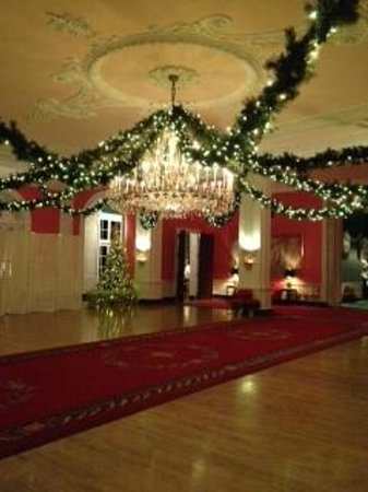 The Greenbrier: Beautifully Decorated