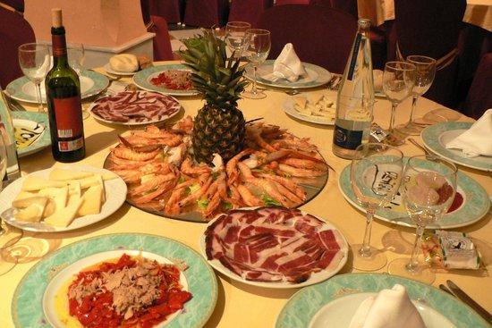 Hotel Toruno: Los deliciosos platos que nos ofrecieron Noche Buena