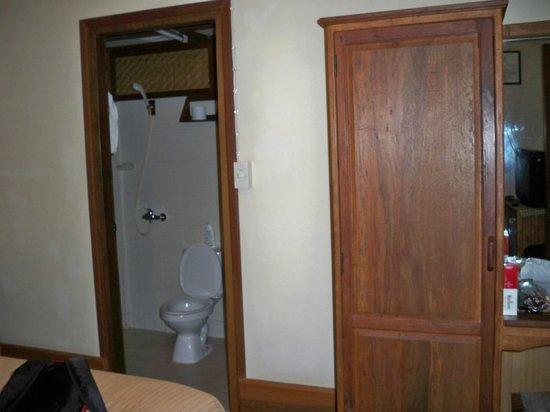 Auberge Sala Inpeng (Mekong Riverside Inn): salle de bain