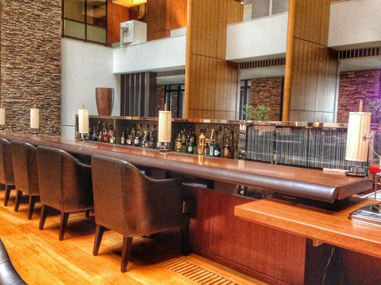 The Strings by InterContinental Tokyo : Dining area from atrium