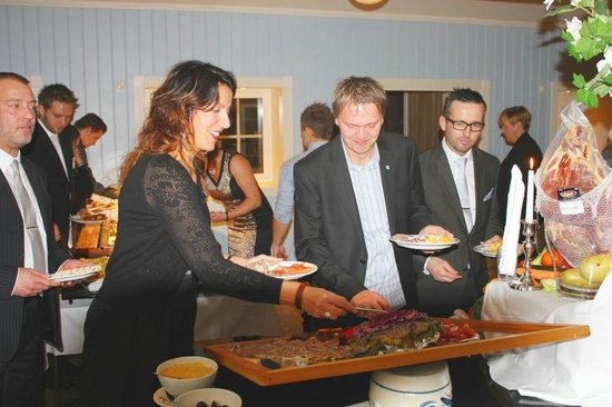 Hafjell Hotel & Apartments: Christmas buffet at the hotel