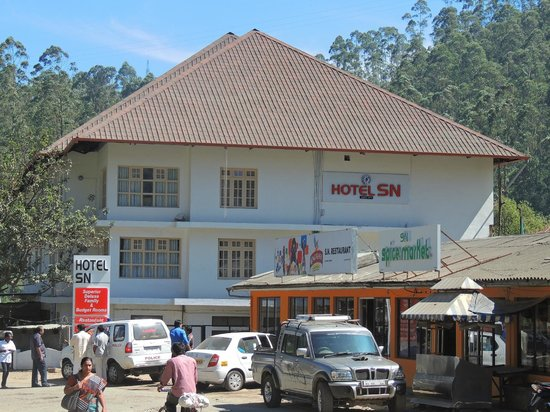 OYO 2158 Hotel SN: Hotel Overview