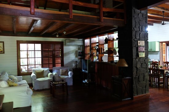 Guest House Puerto Iguazu: hotel public are