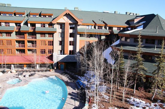 Grand Residences by Marriott, Tahoe - 1 to 3 bedrooms & Pent.: Hotel View