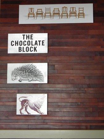 Boekenhoutskloof Winery: Panel ilustrating labels of Boekenhoutskloof wines