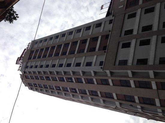 Hotel Sentral: 外観
