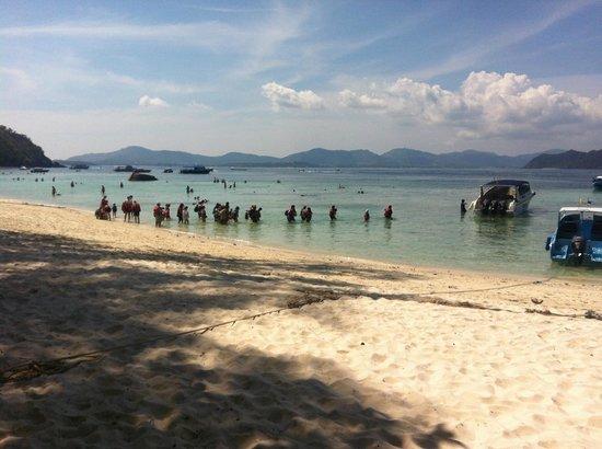 Coral Island Resort: Kinesiska dagsturisterna ska hem på eftermiddagen.