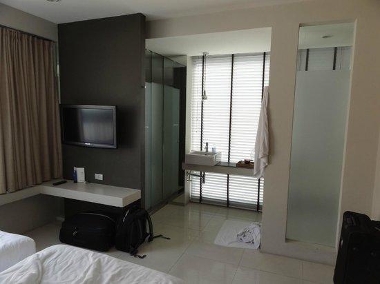 Metz Pratunam: Room