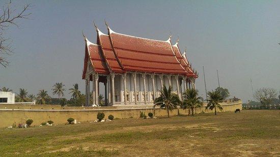 Cha-am, Thaïlande : Der Schiffstempel