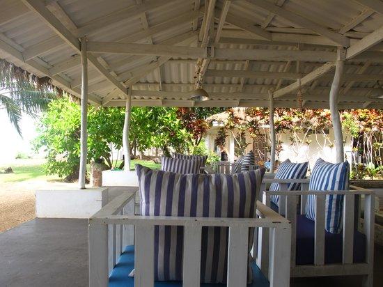 Sky Beach Resort Koh Mak: Restaurant, look at the bungalows