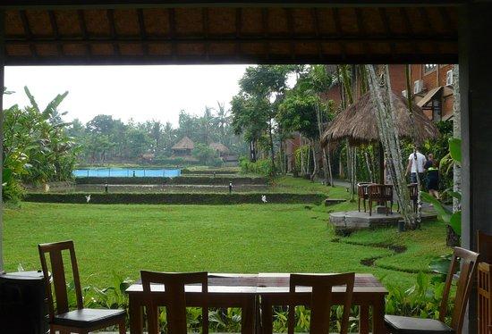 Saren Indah Hotel: Very nice view at breakfast/dining time