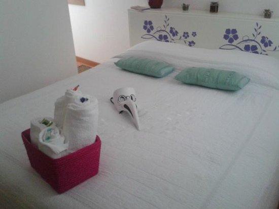 Residenza de l'Osmarin: All'ingresso in camera...!