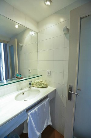 Hotel Ubaldo: Ванная комната // Bathroom