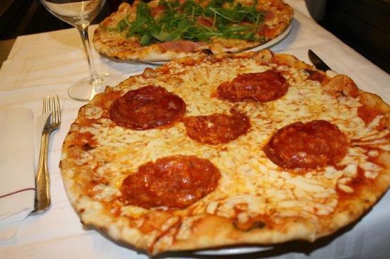 Le Pellicano: pizza salamino piccante