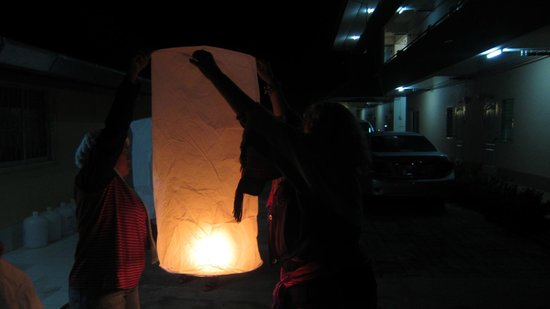 Kiwi Guest House: lanterns for New Year