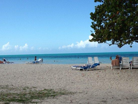 Hotel Playa Coco: La plage