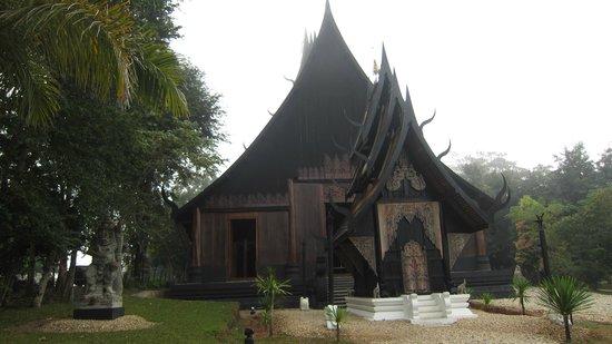 Maison noire - Baan Si Dum - Museo Baandum : black house