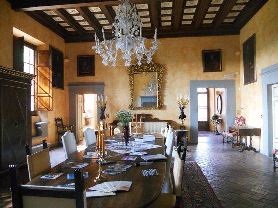 Villa Poggio Bartoli : UNA DELLE SALE