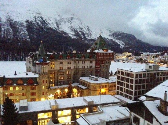 Hotel Eden Garni St. Moritz : Frozen lake view