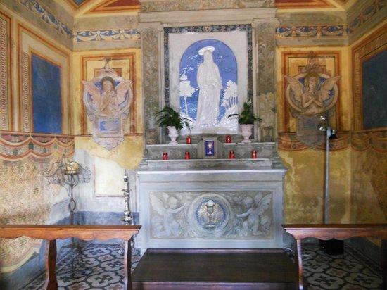 Villa Poggio Bartoli : CHIESETTA