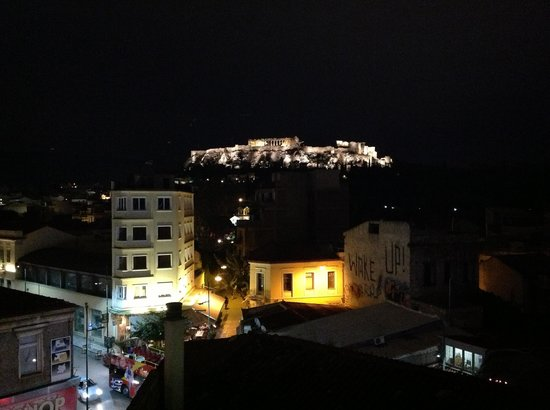 O&B Athens Boutique Hotel: A view of the neighborhood from Room 24