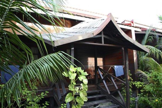 Scuba Junkie Mabul Beach Resort: The room