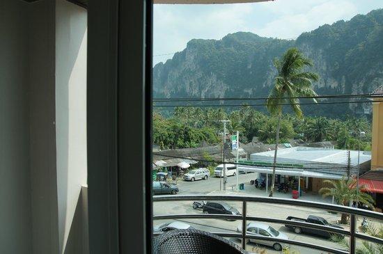 The Nine Hotel @ Ao Nang: Balkon