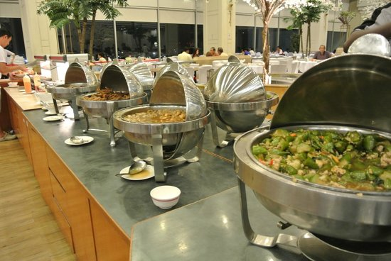 Lee Garden Plaza: Sky Buffet - Variety of Food