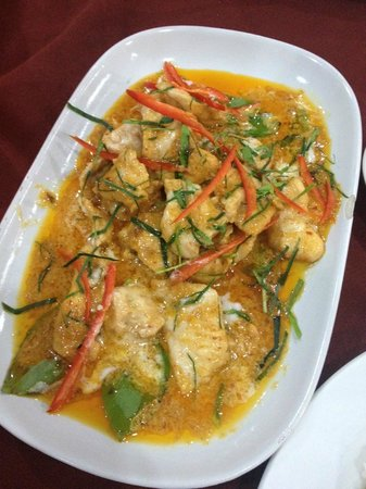 Long Table Restaurant: Thai Red Curry