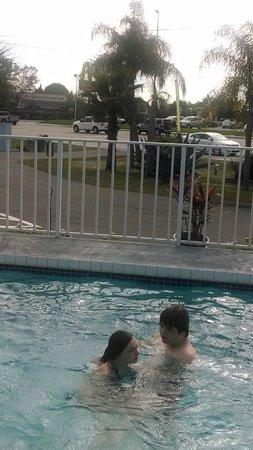 Sun Life Beach Hotel: pool