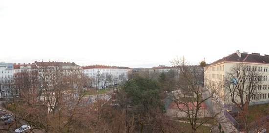 BEST WESTERN PLUS Hotel Arcadia: The view over max-winter platz