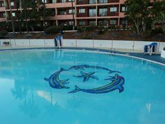 La Siesta Hotel: dolphin centre