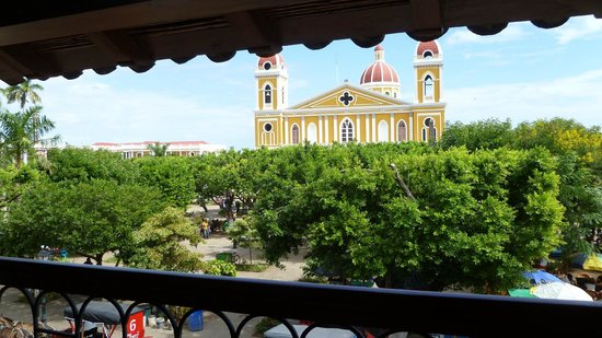 Hotel Plaza Colon: This is the view from our balcony