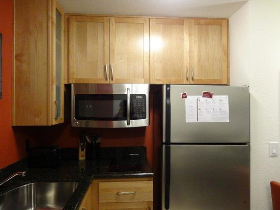 Residence Inn by Marriott San Diego Del Mar: Kitchenette