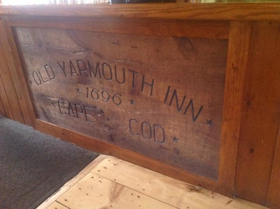 Old Yarmouth Inn: Old? You bet.