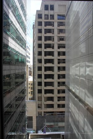 The Westin Sydney : Limited view between buildings