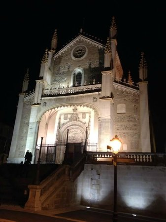 Letango Spain Tours - Private Day Tours : San Jerónimo el Real