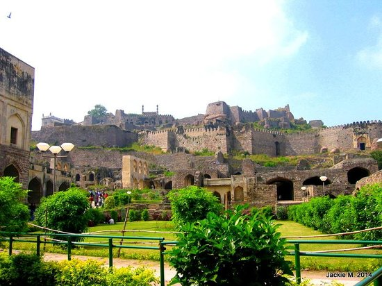 ‪Golconda Fort‬