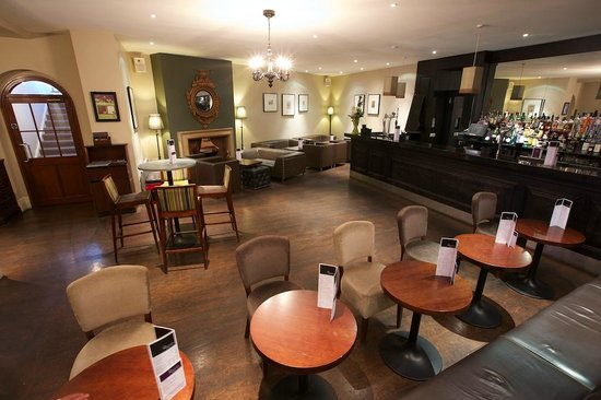 The White Hart: Our fantastic cocktail bar & lounge