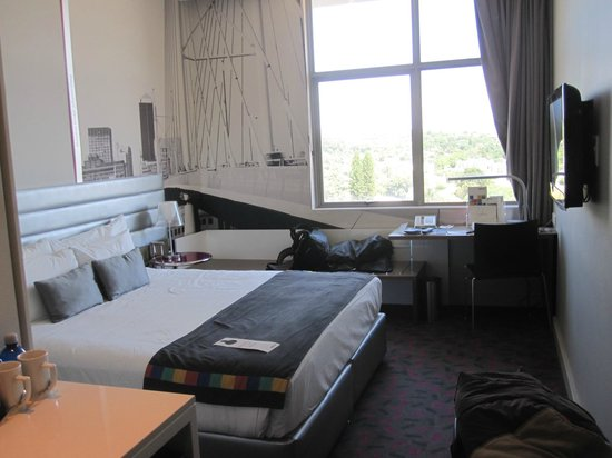 Room picture of park inn sandton sandton tripadvisor for T and c bedrooms reviews
