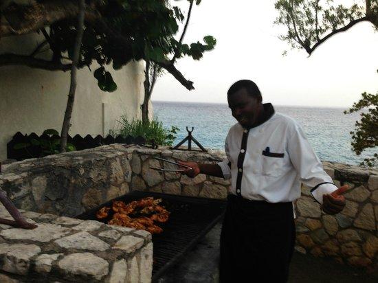 Villas Sur Mer : James cooking us some lobsters