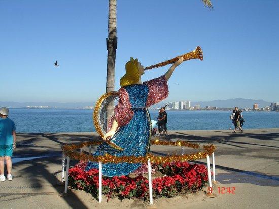Playa Los Arcos Hotel Beach Resort & Spa: le malecon