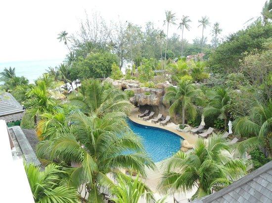 Royal Muang Samui Villas : Blick zum Pool