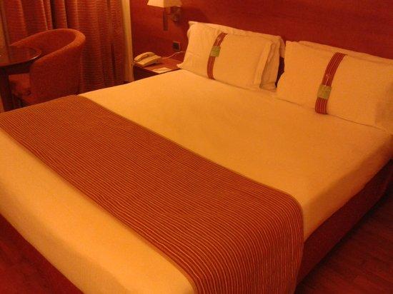 Holiday Inn Cagliari: Il letto