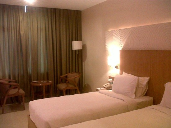 Time Square - The Landmark Hotel: Room