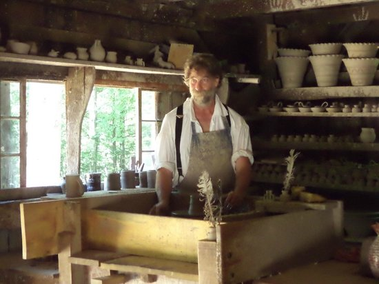 Old Sturbridge Village: The potter - a favorite place to stay a while.