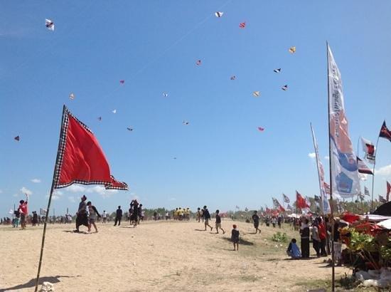 Sanur Beach: Sanur kite festival