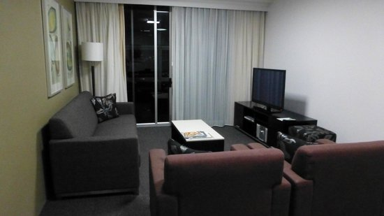 Meriton Suites Bondi Junction: Comfortable seating area