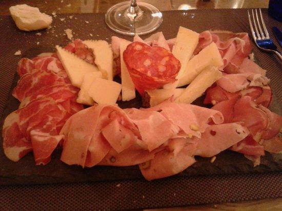 I Caprini - Botega & Cusina: tagliere di salumi e formaggi