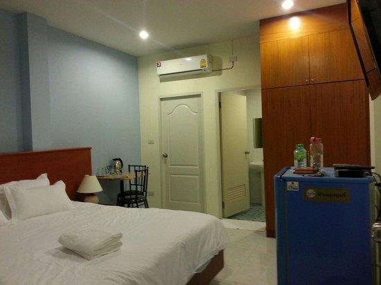 Grandma Kaew House: Room
